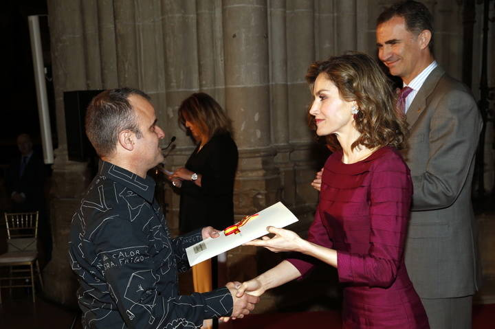 Ultramarinos de Lucas recibe de los Reyes su Premio Nacional de Artes Escénicas