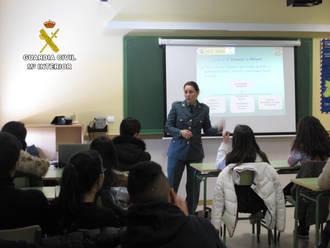 La Guardia Civil ha impartido 340 conferencias en centros de enseñanza de Guadalajara