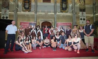 Fin de etapa en Pastrana con visita turística y actuación de la Asociación Damas y Caballeros