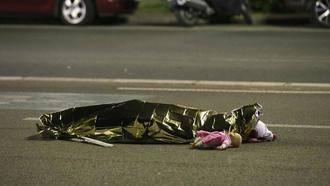 Al menos 84 muertos en Niza en un atentado perpetrado con un camión