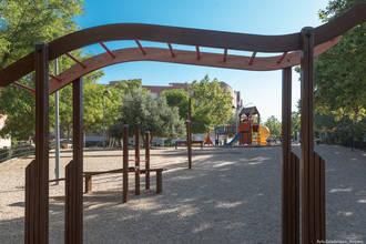 Concluyen las actuaciones en los juegos infantiles de parques y zonas verdes de Guadalajara