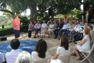 """Cospedal: """"Con el Partido Popular, las pensiones no se tocan"""""""