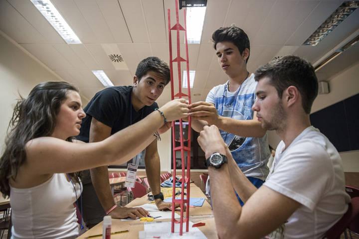 Siete estudiantes de Guadalajara participan en los Campus Científicos de Verano
