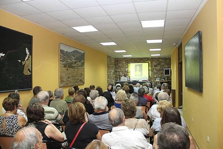 La historia de Fernando el Católico y Juana I de Castilla llena de público el XI Ciclo de Conferencias de Archivo