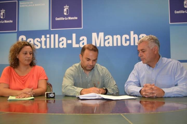 259 personas de la capital serán atendidas gracias al convenio de Ayuda a Domicilio entre Ayuntamiento y Junta