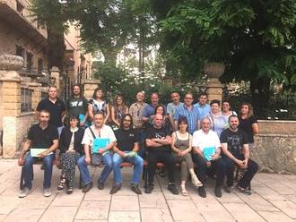 El delegado de la Junta en la comarca de Molina, Alfredo Barra visita la UTA de Checa