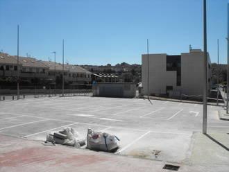 El Centro de Salud de Manantiales pronto tendrá terminada su propia zona verde y más aparcamiento