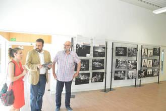 Fotografías del premio Pulitzer Manu Brabo, en una exposición en el Centro de Ocio de Azuqueca