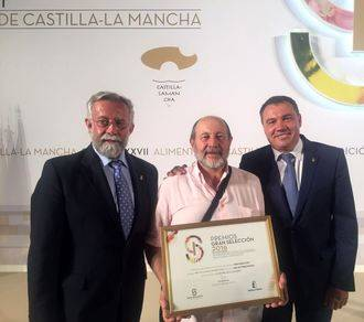 La miel de Torronteras, de Escamilla, recibe el premio 'Gran Selección 2016 a la mejor Miel'