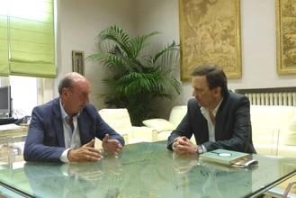 José Manuel Latre se reúne con Carlos Buero, hijo del dramaturgo Antonio Buero Vallejo