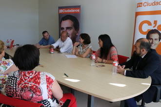 Ciudadanos se reúne con diferentes colectivos sanitarios de Guadalajara