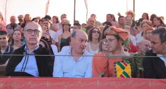 El presidente de la Diputación resalta la implicación del pueblo de Hita con su Festival Medieval