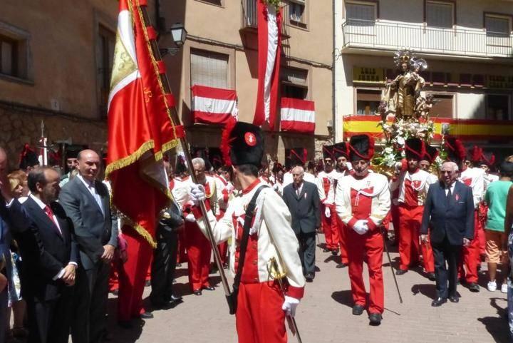El presidente de la Diputación participa en las Fiestas del Carmen de Molina de Aragón