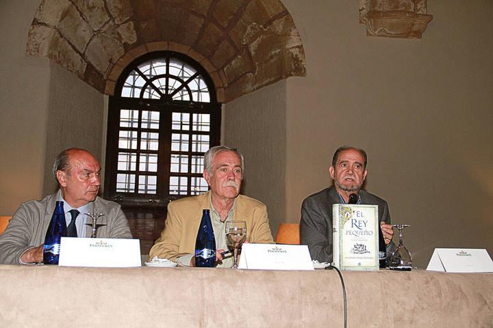Antonio Pérez Henares y Plácido Ballesteros presentan 'El Rey Pequeño' en Sigüenza