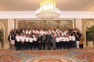 El Rey recibe a los alumnos de 2º de bachillerato más brillantes de España, entre ellos hay una estudiante de Guadalajara