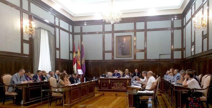 Ciudadanos apuesta por incentivar el ahorro y la eficiencia energética entre los pueblos de la provincia