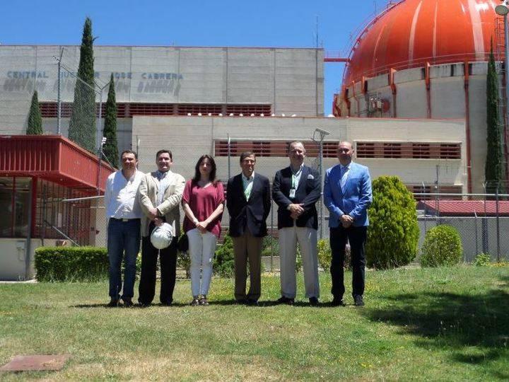 José Manuel Latre visita los trabajos de desmantelamiento de la central de Zorita