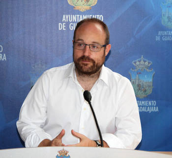 """Alejandro Ruiz: """"Tenemos que fortalecer los canales de comunicación del Equipo de Gobierno con la oposición"""""""