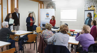 Verónica Renales asistió al inicio de las actividades del programa Envejecimiento Activo