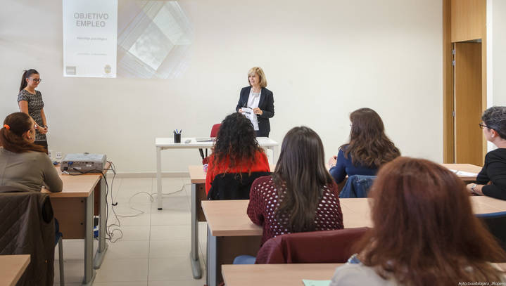 Carmen Heredia inaugura el programa Objetivo: Empleo, del Servicio de Psicología del Ayuntamiento de Guadalajara