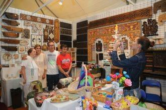 Cospedal ensalza el valor artístico y patrimonial de la artesanía de la región y destaca la importancia de impulsar este sector