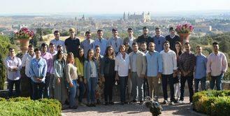 """Cospedal con los jóvenes : """"Moderación, confianza y trabajo por el futuro de España. Eso es nuestro partido"""""""