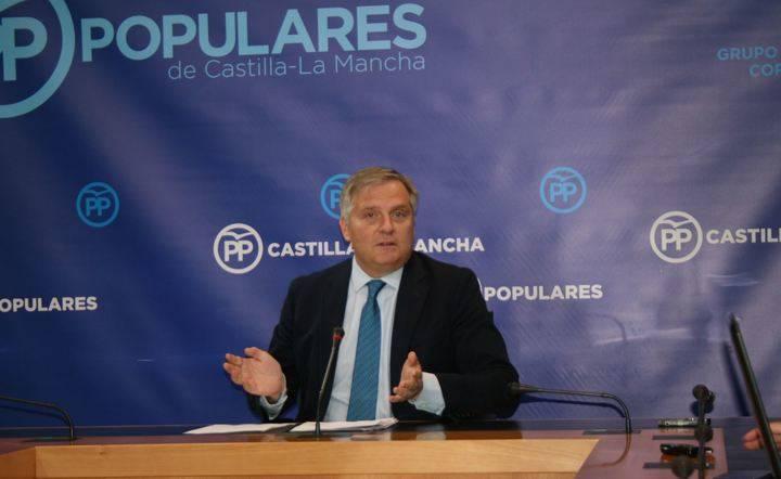 """Cañizares exige a Page que aparezcan """"clara y nítidamente"""" los 140 millones de subvención nominativa para la UCLM en los presupuestos de 2017"""