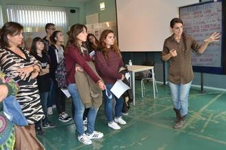 """La exposición """"Chicas Nuevas 24 horas"""", contra el negocio de la trata de mujeres, llega a la Escuela de Arte de Guadalajara"""