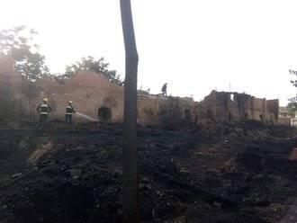 Controlado un incendio agrícola en Yunquera que sólo ha causado daños materiales