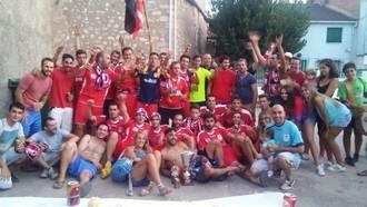 Mandayona gana su sexto torneo de fútbol Alto Henares