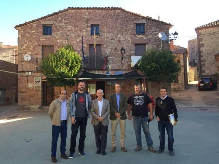 La Diputación renovará la cubierta del edificio del ayuntamiento de Luzón