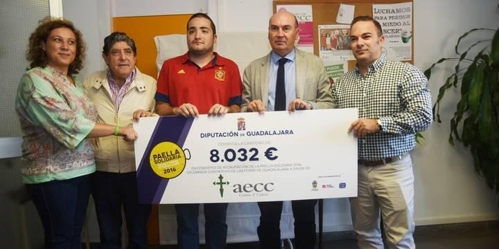 La Paella Solidaria organizada por la Diputación logra recaudar 8.032 euros para la Asociación Contra el Cáncer