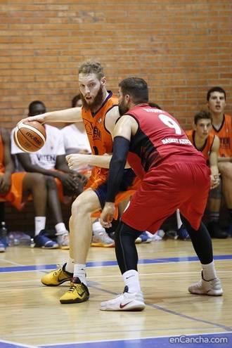El Isover Basket Azuqueca se reencontró conla victoria en Fuenlabrada