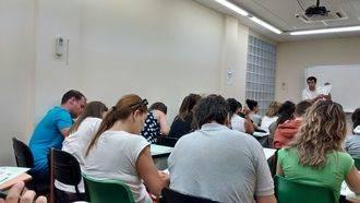 CSIF resuelve las dudas de los maestros en prácticas de Guadalajara