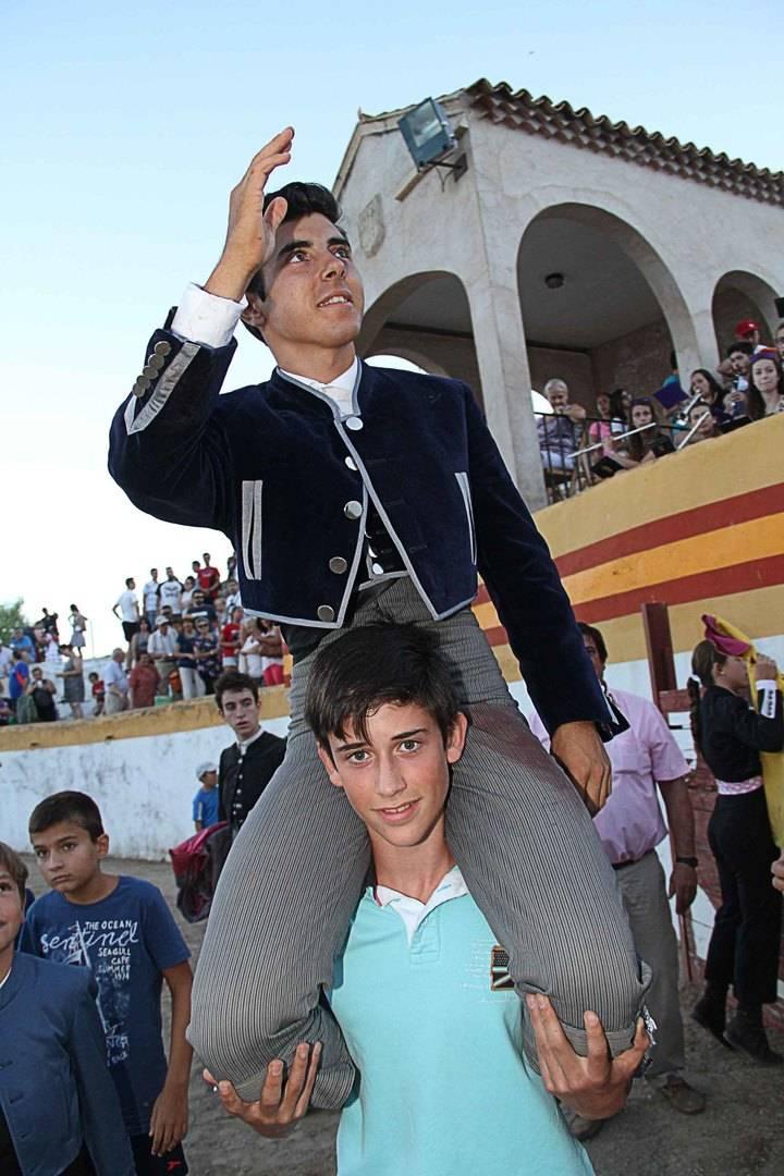 José Rojo, triunfador en el primer festejo taurino de las fiestas de Pastrana