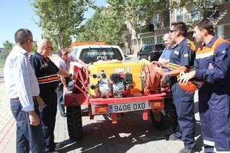 Yebes entrega una cuba cisterna de 1.000 litros de capacidad a la agrupación de Protección Civil