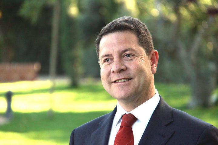 Artículo del presidente Emiliano García-Page con motivo del Internacional de las Personas Mayores : El esfuerzo de toda una vida