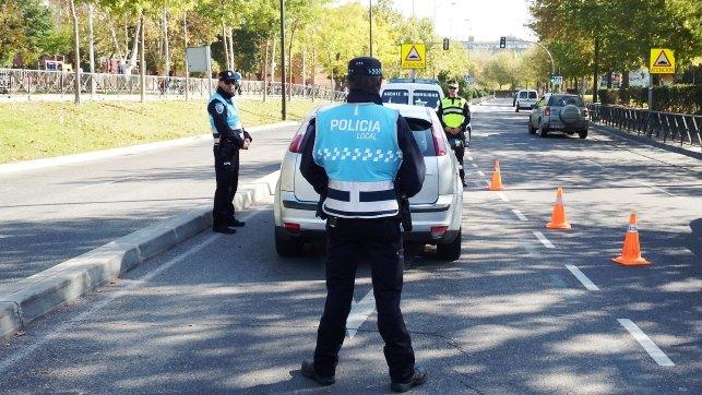 """Atención a los """"Policías Ful"""", un timo para robar en plena autopista"""