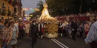 Guadalajara se vuelca con su patrona y Alcaldesa Perpetua la Virgen de la Antigua durante la procesión de su imagen