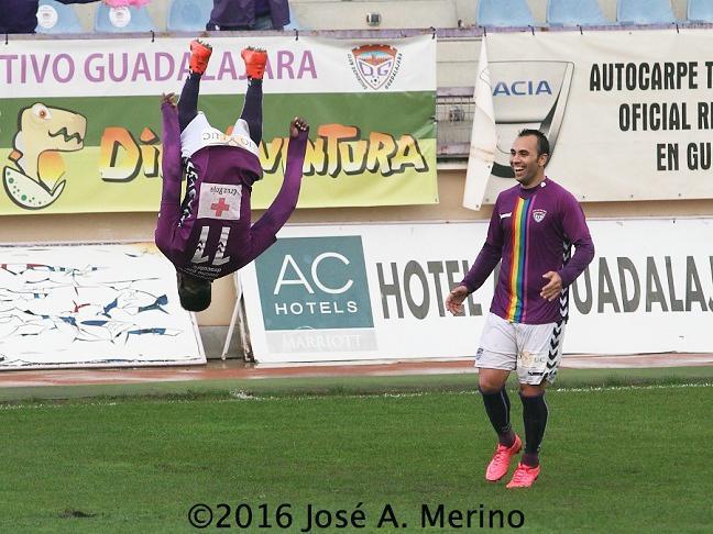 Un gol en el último suspiro permite al Dépor seguir con el pleno de victorias en el Pedro Escartín