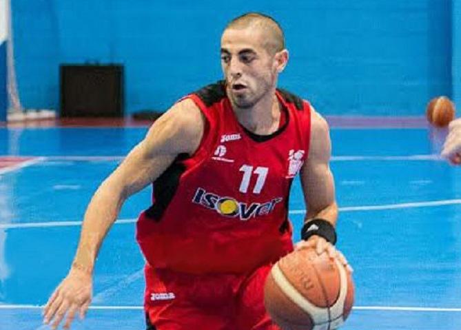 Derbi en la cumbre para el Isover Basket Azuqueca