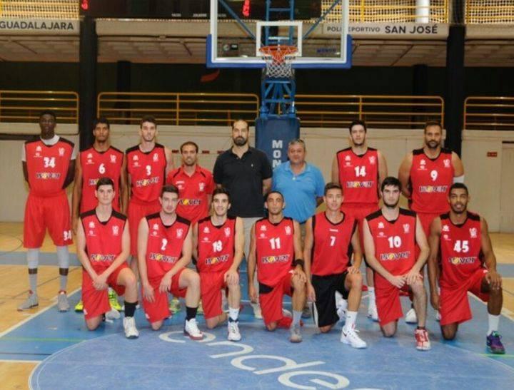 El Isover Basket Azuqueca buscará la segunda en el Magariños, en el estreno de la temporada