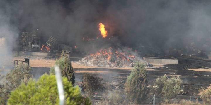 La Junta, acusada de actuar indebidamente ante los vertidos tóxicos que provocaron el incendio en Chiloeches