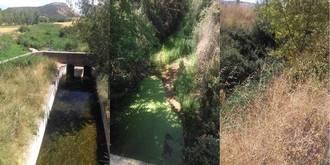 """El Ayuntamiento de Matillas alerta del """"lamentable estado de suciedad y malos olores"""" del canal que atraviesa el pueblo"""